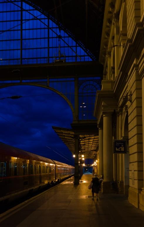 BudapestStation_DuncanHill